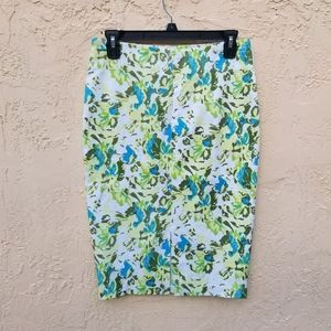 NWT Lucy & Co. Flower Pencil Skirt.